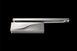 1-IS65-chiudiporta-aerei-slitta-doorcloser-overhead-sliding-silver-